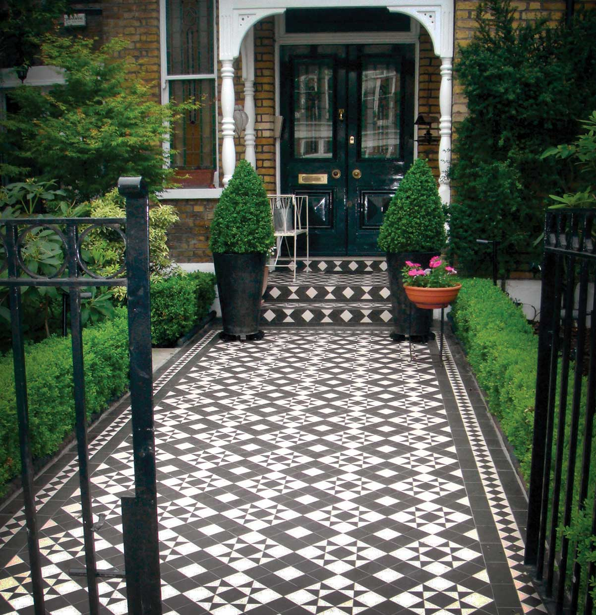 Edwardian Front Garden Design Ideas: Braemar Garden Path Design